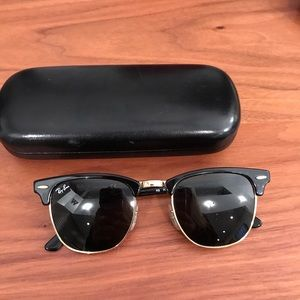 Ray Bans: Clubmaster Classic (including case)